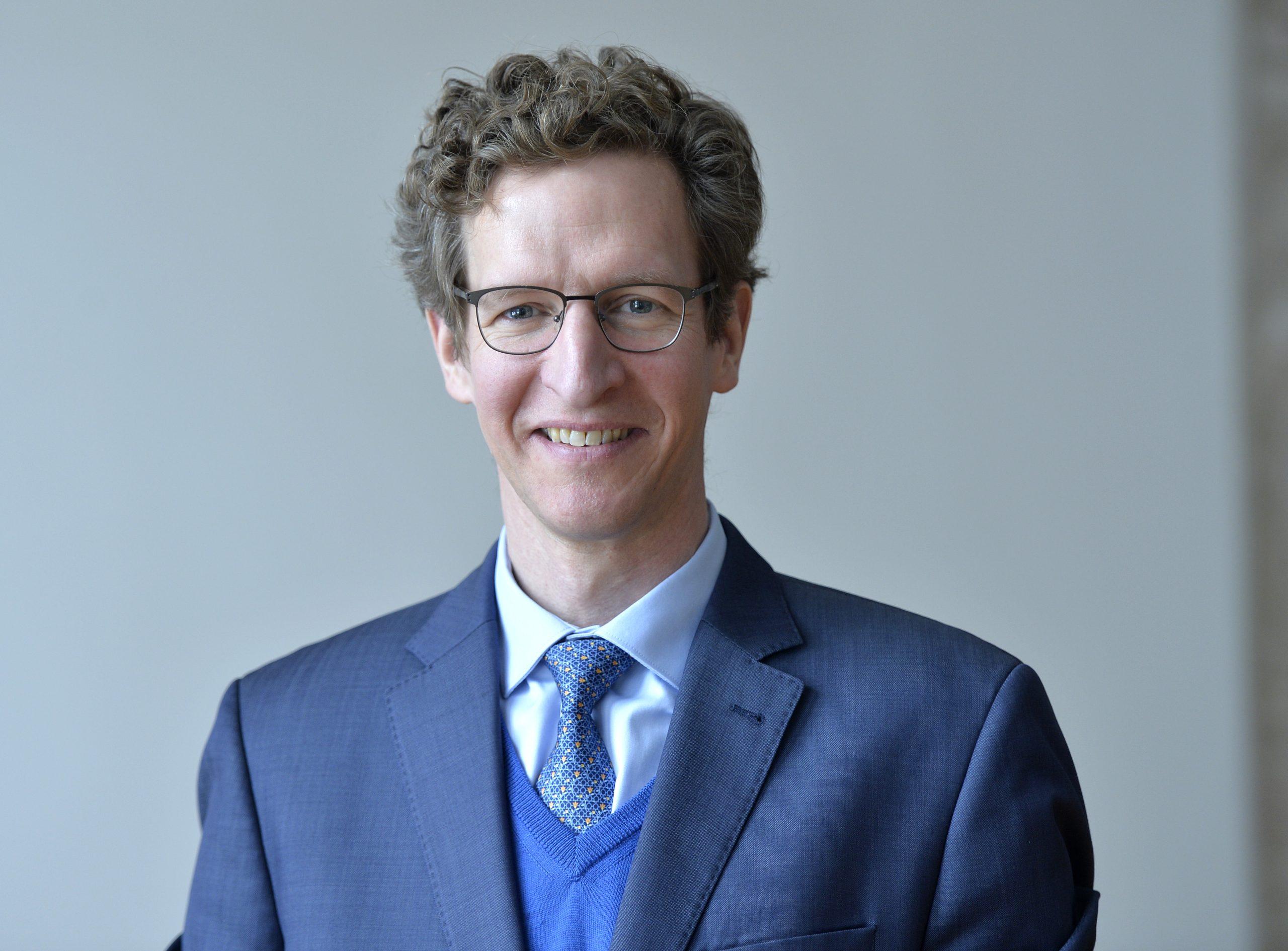 Prof. Dr. Peter Hommelhoff